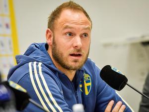 IK Brage får vänta till september innan man får möta landslagskaptenen, Andreas Granqvist.