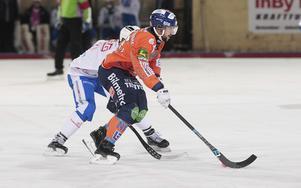 Christoffer Fagerström och Bollnäs släppte tyglarna och satte av i bandygalopp direkt i andra halvlek.