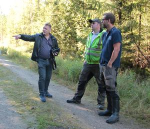 Lars Fredin, maskinföraren Björn Heed och Niklas Svensson.