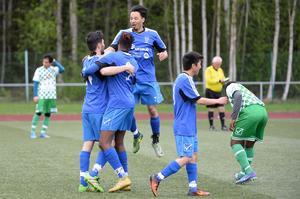 Hassel firar efter Mustafa Yazdanis 1–0-mål.