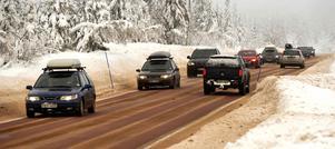 Under turistsäsongen är trafiken intensiv på E16 till och från Sälen.Foto: Berit Djuse/Arkiv.