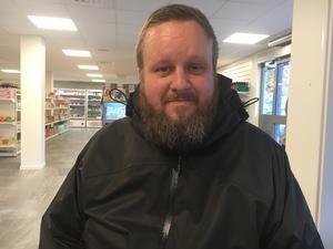 Joel Nordstedt, 39, befälhavare/skeppare, Söderöra: – Det är jättebra, det här har jag längtat efter. Bra att all service finns samlad och att det finns drivmedel.