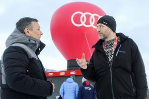 Torbjörn Skytt fanns på plats i förberedelserna inför Åre-VM i våras. Här är han i samtal med en av företrädarna.