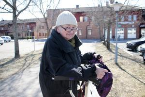 Britt-Marie Strand, Skutskär, upplever i bland att hennes husläkare är lite stressad.