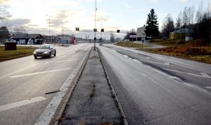 Njurundaborna får vänta i ytterligare några år innan vägprojektet drar igång.