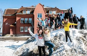 Barnen på Heliås skola förbereder aktiviteter, utställningar och arrangemang när Svartviks skola firar 100 bast i år.
