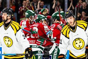Frölunda jublar och Brynäs med Josef Ingman och Johan Alcén deppar. Foto: Michael Erichsen / BILDBYRÅN