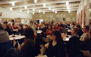 Det var fullsatt i matsalen.FOTO: ANDERS BJÖRKLUND
