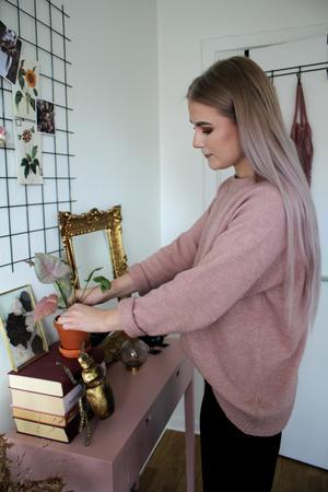 Fanny Lindblad lägger ut bilder på sin lägenhet på instagramkontot @fannylindblad