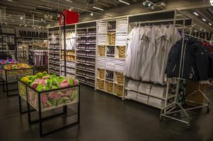5d494dbe520 Titta in i Åhléns nya outlet i Birsta – så blir den nya butiken ...