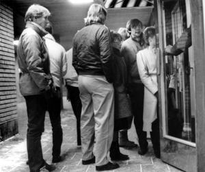 Kö till nattklubben på restaurang Garden under mitten av 80-talet.