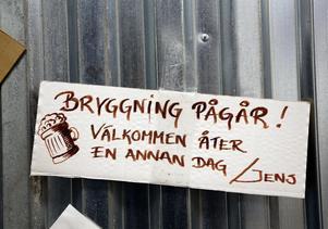 Full aktivitet i Orsholms brygghus.
