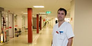 Johan Saaw, verksamhetschef för medicinkliniken på Köpings sjukhus.
