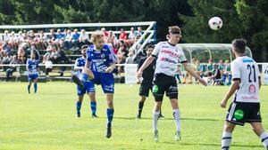En tung första halvlek blev tyngre när Robin Krantz gjorde nickade in 0-1 till Sandviken.
