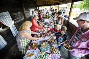 Arrangörer i hela länet prisas för sitt arbete. I Ragunda kommun lyfts Böle-Hoo Bygdegårdsförening fram. Föreningen arrangerar varje år ett stort kruskalas med många sorters kakor. Fotograf:Anneli Åsén