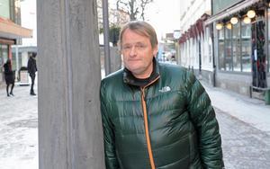 Efter 34 år i fotbollens tjänst är Janne Lövgren en omtyckt profil i idrottskretsar.