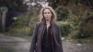 Sofia Helin är tillbaka i rollen som Saga Norén i den tredje säsongen av Bron. Serien har premiär söndagen den 27 september i SVT1.