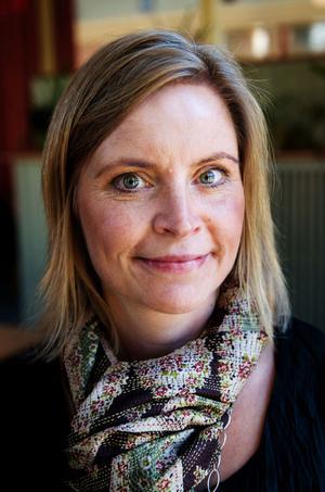 Petra Bjernulf välkomnar ett nytt samarbete som stärker DT:s ställning på den kommersiella radiomarknaden i Dalarna.