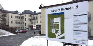 Insändarskribenten anser att Regin Västernorrlands löfte om Närvård i Härnösand nu naggas i kanten.