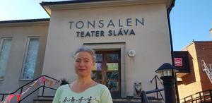 Den maratonlånga löprundan avslutas med en fest vid Tonsalen i Huddinge, berättar Maria af Klintberg, chef för Teater Sláva.