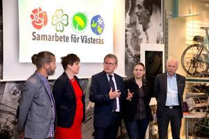 Magnus Edström (MP), Amanda Agestav (KD), Anders Teljebäck (S), Marlene Tamlin (MP) och Lars Kallsäby (C) när de efter förra valet bildade den så kallade Styrkvartetten i Västerås. Nu har kvartetten inte längre majoritet.