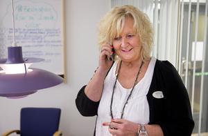 Ulla-Karin Mård, rektor på Skiljeboskolan berättar bland annat att samtliga lektioner är inställda.