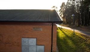 Biblioteket i Sorunda ligger i samma lokaler som Sunnerbyskolan, men ska vara tillgängligt för alla under vissa tider.