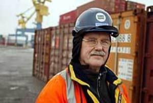 Arkivfoto: LASSE WIGERT Ger inte upp. Hans Wahlström jobbar på att bygga upp en ny politisk plattform inom s-rörelsen i Gävle genom att värva medlemmar till sin fackliga förening.