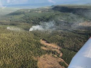 På söndagseftermiddagen utfärdades ett andra VMA (Viktigt meddelande till allmänheten) i Trängslet i Älvdalens kommun, med anledning av den stora skogsbrand som rasar i området. Foto: Peter Wicander.