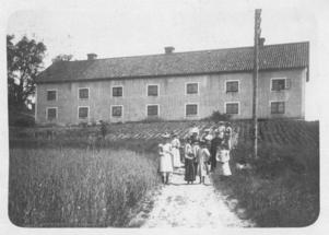 Så här såg Vindhammar ut vid förra sekelskiftet. Bilden är hämtad från ett vykort poststämplat 1903.