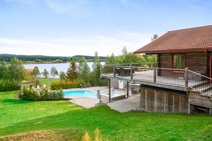 Villa i Sörbo med utsikt över sjön Aspan. Foto: Patrik Persson