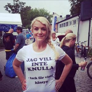 Karina Adelsköld skriver så här på Instagram om bilden: