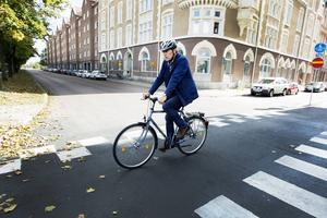 Avsikten med de nya cykelöverfarterna är att göra det säkrare och enklare för cyklande och andra trafikanter.