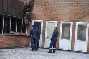 Under måndagen fanns polisens tekniker på plats i Marmaverken.