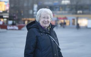 Gun-Britt Ribacke: – Inte alls, för jag kör inte bil längre på grund av min syn. Men under de 30 år jag körde bil fick jag aldrig någon böter. Om jag fått en böter hade jag haft mig själv att skylla.