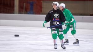 Bergström fanns ändå med på isen under tisdagens träning men tränade på egen hand, inte med övriga spelare i laget.