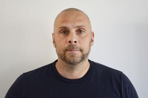 Enligt Lars Andersson, chef för Regionalt it-brottscentrum Nord, ökar bedrägerierna mot privatpersoner stadigt. Han tycker att man alltid ska ha en personlig kontakt för att förhindra att man blir lurad.
