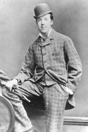 Ett modelejon. Oscar Wilde som 24-årig student i Oxford. Foto: Hills & Saunders, Rugby & Oxford