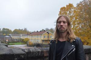 Nicklas Hermansson, som brukar kallas Mr Webb-tv, föreläste i Verket i Avesta.