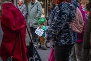 I Hudiksvall samlades flera hundra människor på Storgatan i en manifestation för en handlingskraftig klimatpolitik. Men i Hudiksvalls kommunfullmäktige är engagemanget fortfarande mycket måttligt hos majoritetspartierna, skriver centerpartisterna.