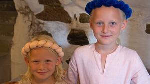 För Klara och Julia är det första gången de är med på Gästabud.