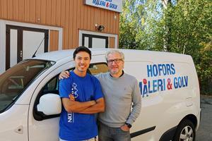 Hossein Rahimi och Mats Björklund vid företagets kontor i Hofors.