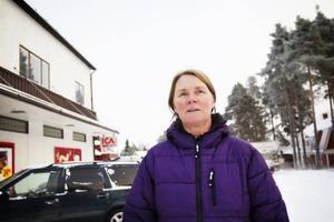 Katarina Nyhlén, Ansjö.Katarina jobbar på julafton med nattpatrullen i Bräcke kommun. Därför firar hon jul med många olika människor.– Jag åker ut och tittar till gamla.