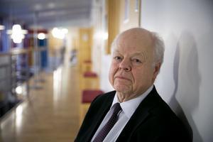 Björn Henriques, advokat.