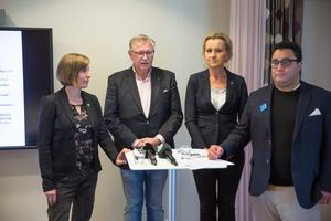 Södertäljes politiska majoritet med Hanna Klingborg (MP), Tage Gripenstam (C), Boel Godner (S) och David Winerdal (KD) Den senare har extra ansvar för äldreomsorgsfrågor såsom ordförande i styrgruppen för bättre arbetsvillkor.