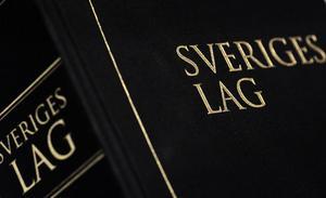 Lagen föreskriver tvångsförvaltning av hyreshus som missköts. Men att tillämpa lagen kan många gånger ta för lång tid och bli för krångligt.