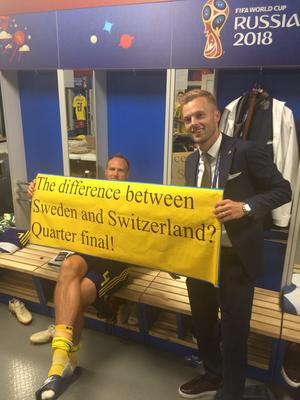 Andreas Granqvist och Sebastian Larsson reder ut frågan hela världen gått och klurat på – och som äntligen fick ett svar.