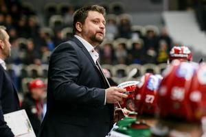 Moratränaren Mattias Karlin var nöjd med två perioder.Foto: Ola Westerberg/Bildbyrån