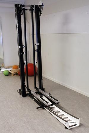 Nordic Skicrosser, eller crosstrainern, är ingen stor klumpig sak, utan en smidig konstruktion om 61 centimeter på bredden och 190 på längden.