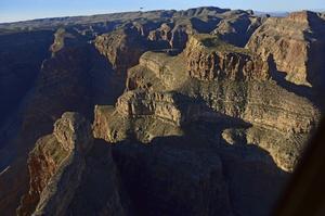 En helikopterfärd över Grand Canyon är en oförglömlig upplevelse och ett stort kryss på de flestas bucket list.